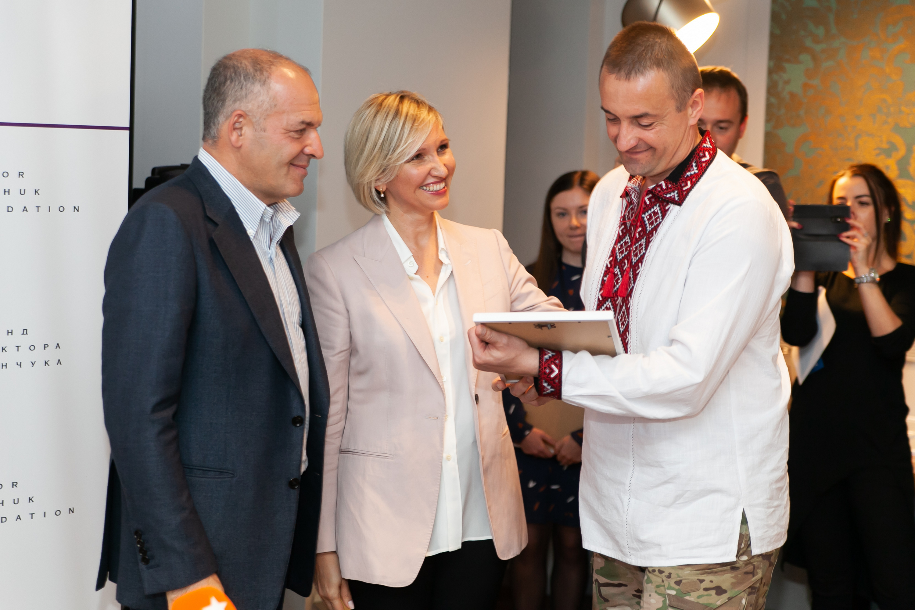 The property certificate award ceremony for 24 Ukrainian sailors freed from Russian captivity